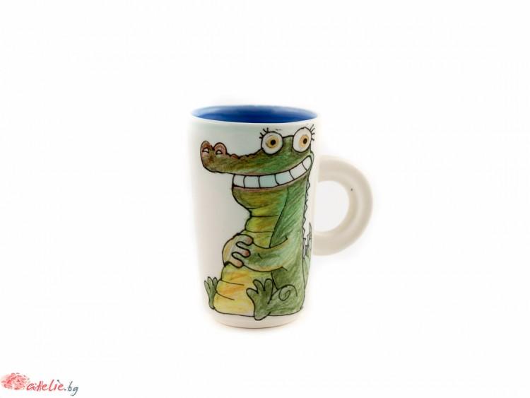 """Ръчно изработена порцеланова чаша """"Крокодил"""""""