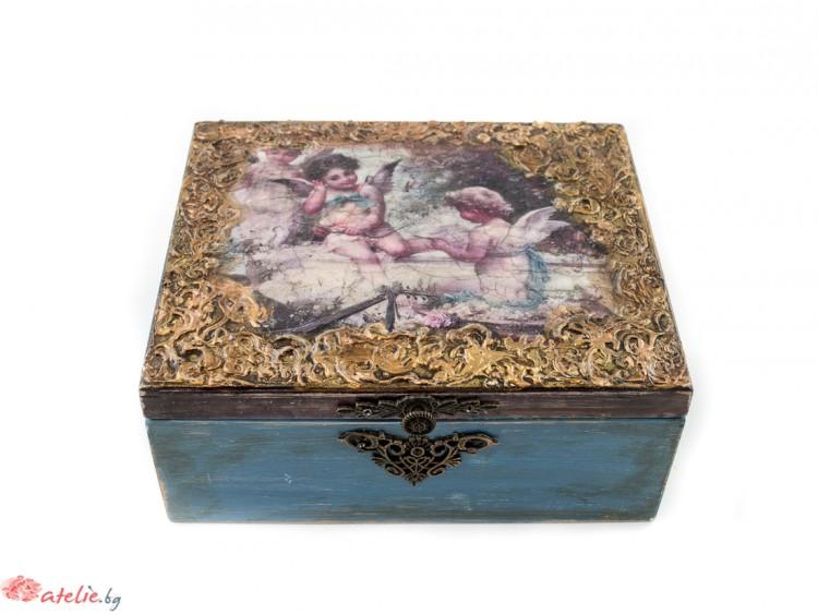 """Кутия за бижута """"На седмото небе"""""""